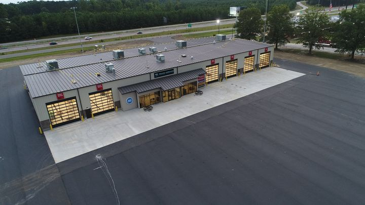The Kenly 95 Petro truckstop in Kenly, North Carolina, has opened a new 26,000 square-foot six-bay TA Service Center.