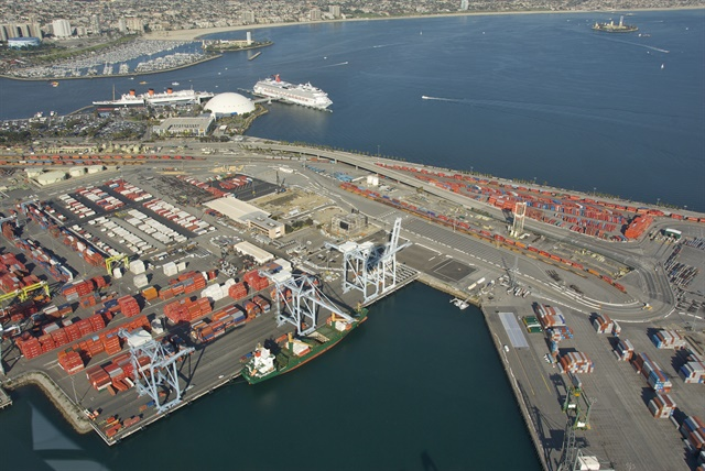 A new California law would hold retailers liable for working with port trucking companies that have unpaid judgements related to driver misclassificaiton lawsuits. 