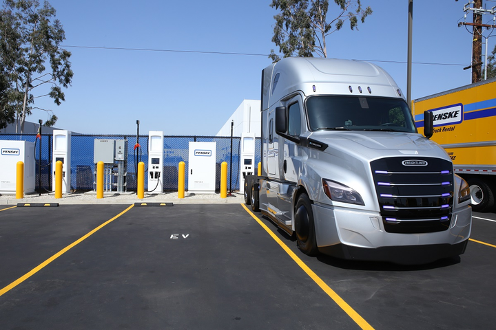 Thechargers connect directly to a commercial truck's battery charging system, providing a DC fast-charging option for commercial electric fleets.  - Photo: Penske Truck Leasing
