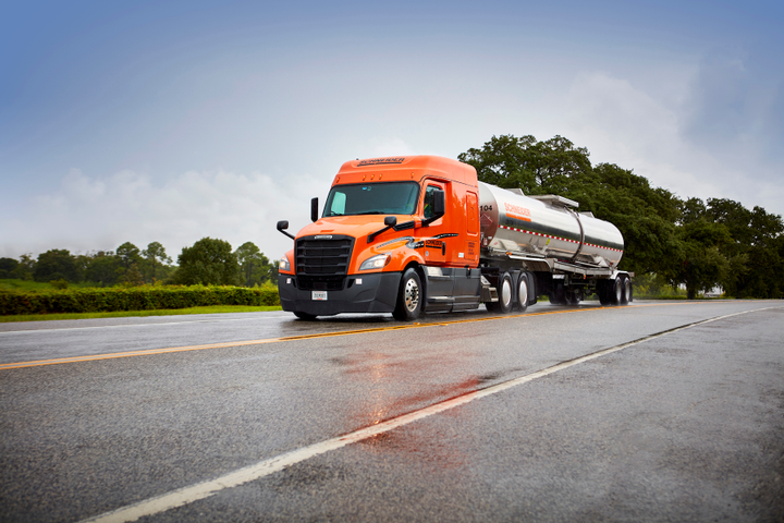 Truckload carrier Schneider has launched an electronic Driver Report Form in its Bulk division to help streamline operations for drivers and shippers.  - Photo courtesy Schneider