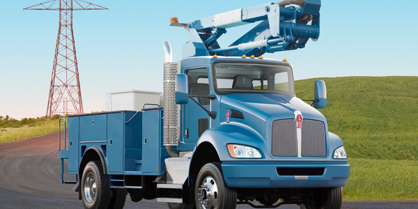 Kenworth T370 models can now be spec'd with Fabco FSD-18A and FSD-20A front drive axles paired...