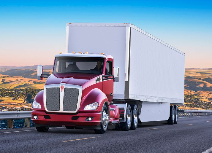 Kenworth is offering the Dana SPL 250 driveline in its T680 and T880 trucks for linehaul and regional haul applications.  - Photo courtesy Kenworth