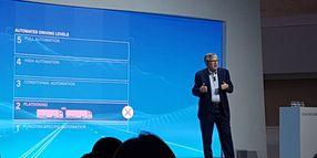 Daimler Nixes Platooning, Focuses on Automation