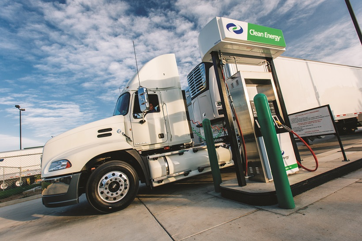 A new report by ACT Research has found that natural gas powered Class 8 truck sales are down by around 600 units compared to this time last year. Photo: Clean Energy Fuels