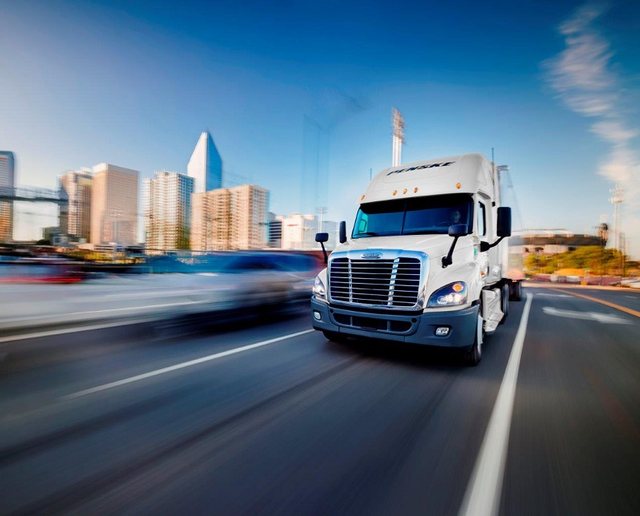 Motor carriers saw a large increase in freight volume in 2017 as manufacturing activity and consumer spending peaked, according to the latest State of Logistics Report.