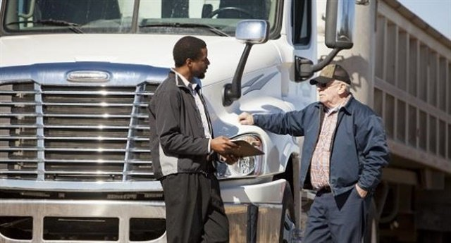 California Meal and Rest Break Suit Dismissed on Basis of FMCSA Preemption Stance