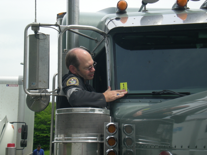 The FMCSA said OOIDA's broad ELD exemption request would be too burdensome for roadside inspectors.  - Photo courtesy CVSA