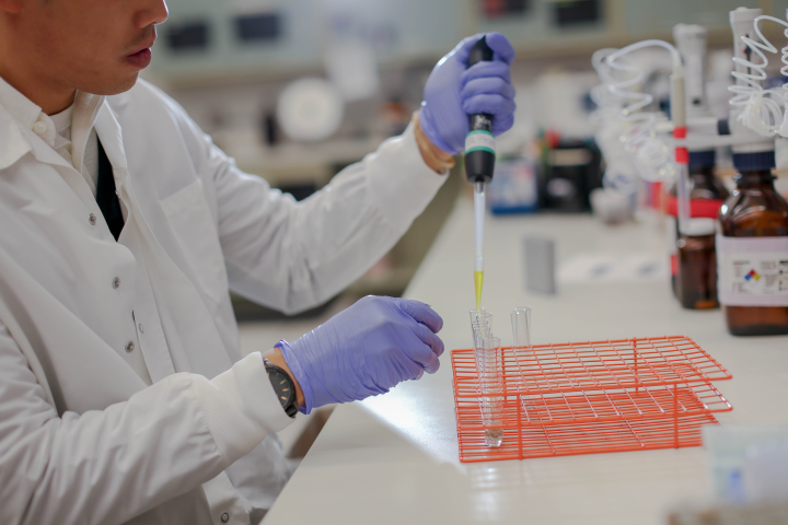 Some 300,000 truck drivers would fail a hair test for drugs, says the Trucking Alliance – but most of those would pass the DOT-required urine test.  - Photo: Quest Diagnostics