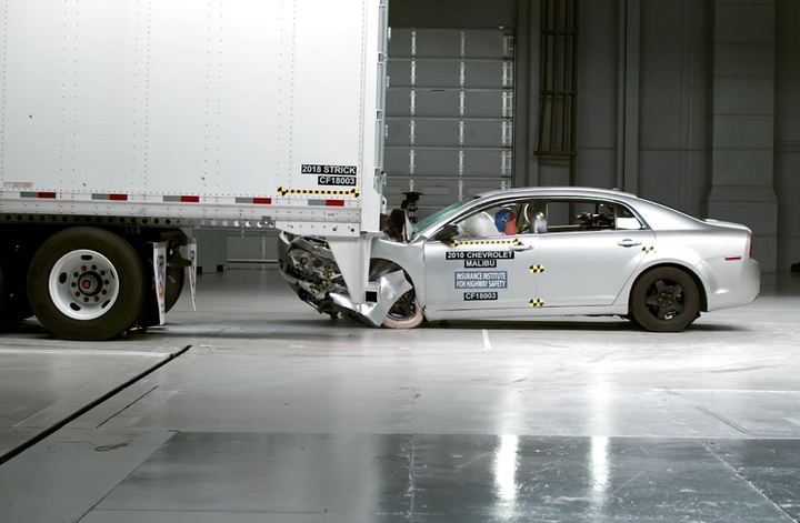 Eight major trailer manufacturers have all recieved the IIHS ToughGuard award for the highest rated underride guard safety rating.