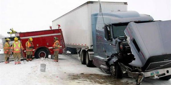 Fatalties involving large trucks increased in 2017, increasing to 4,761 deaths for the year.