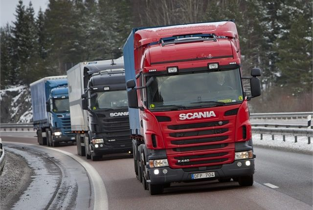 In order to meet goals set for the Paris Climate Agreement, the European Union has proposed its first CO2 emissions regulations for the heavy duty trucks. Photo: Scania