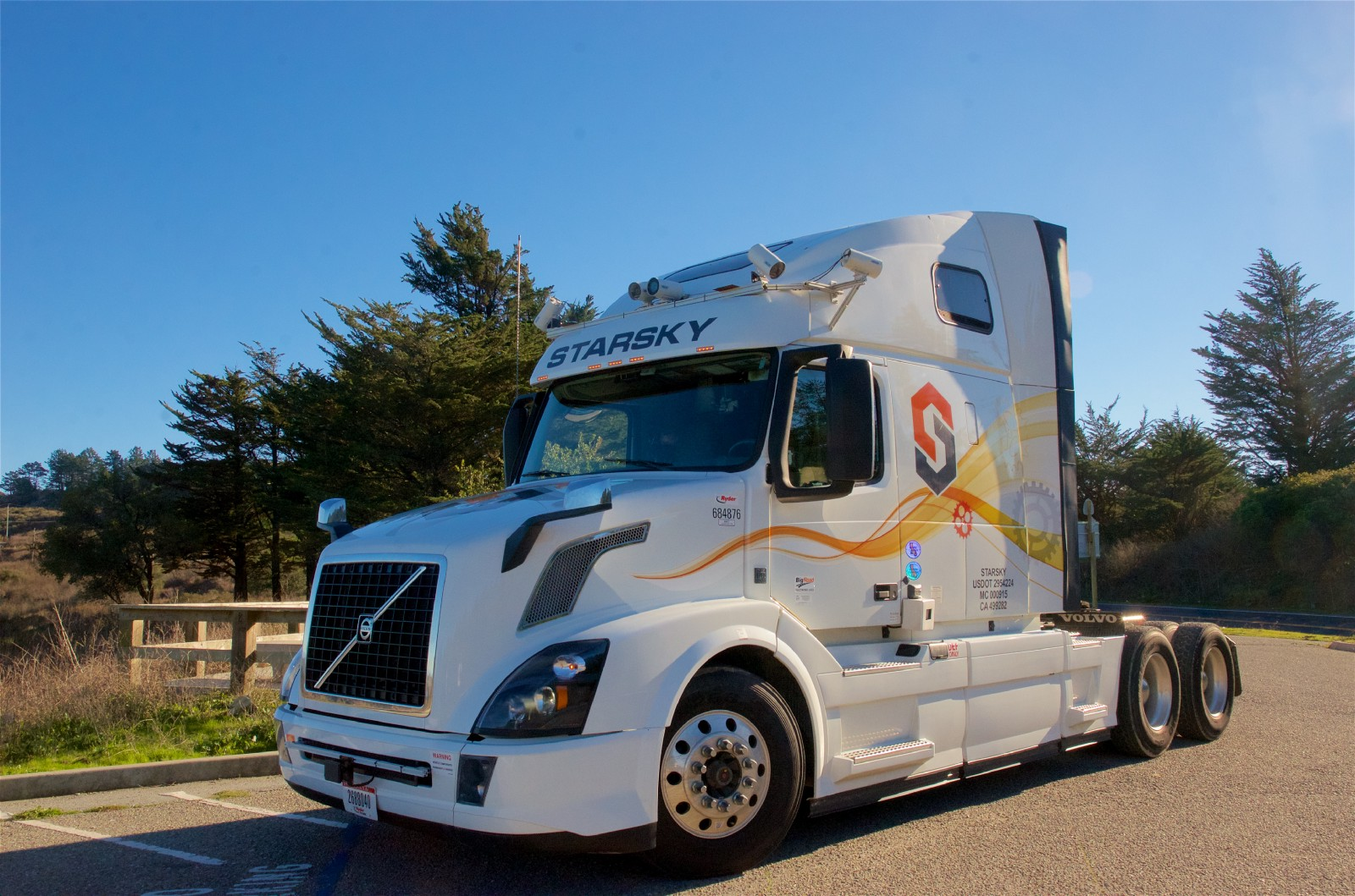 Starsky Robotics Tests Autonomous Truck on Florida Highway
