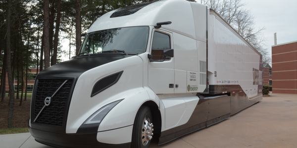 Speculation arising from various SuperTruck projects prompted NACFE to look into the concept of...