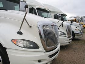 Used Class 8 Truck Sales Fall in September