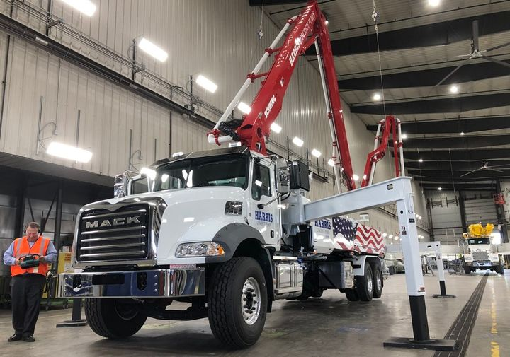 With strong demand for comemrcial trucks, especially by a strengthening construction sector, Mack Trucks now forecasts 325,000 Class 8 units this year.  - Photo: John G. Smith