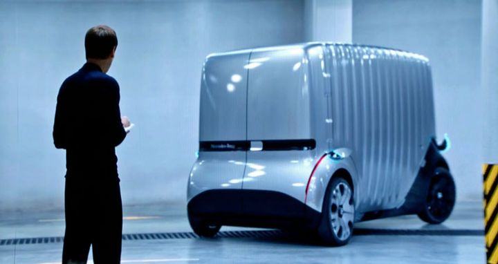 Using the same electrically driven, autonomous chassis with interchangeable passenger and cargo bodies, the Urbanetic concept could drop commuters off at work in the morning, spend the day delivering packages, then pick up commuters after work.  - Screen capture from Mercedes-Benz video at IAA press conference