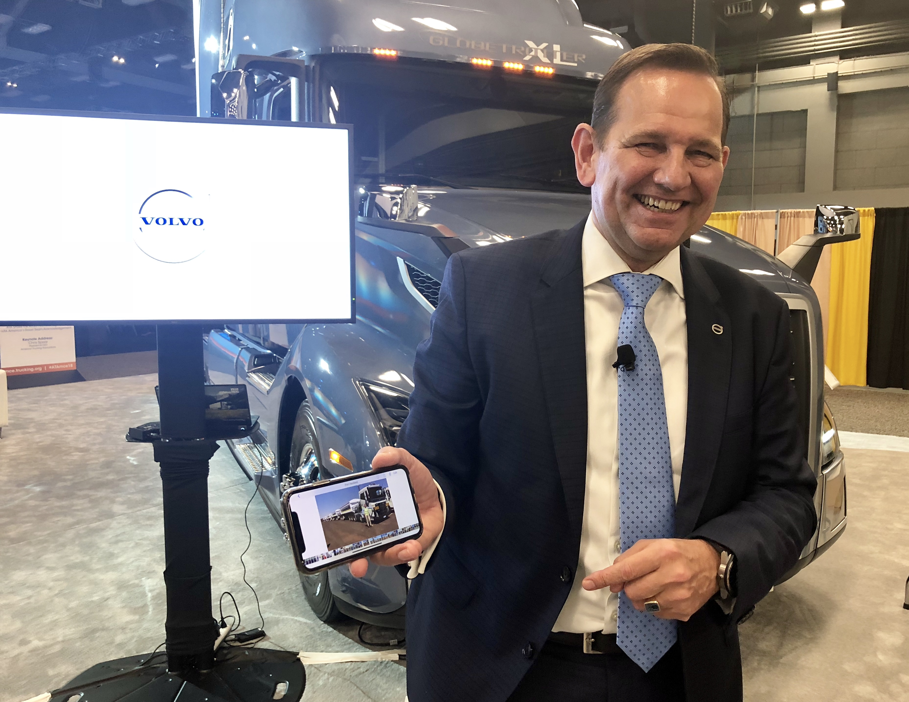 Volvo Trucks' Voorhoeve: Trucking in Throes of 'Exciting Times' - Fleet Management - Trucking Info