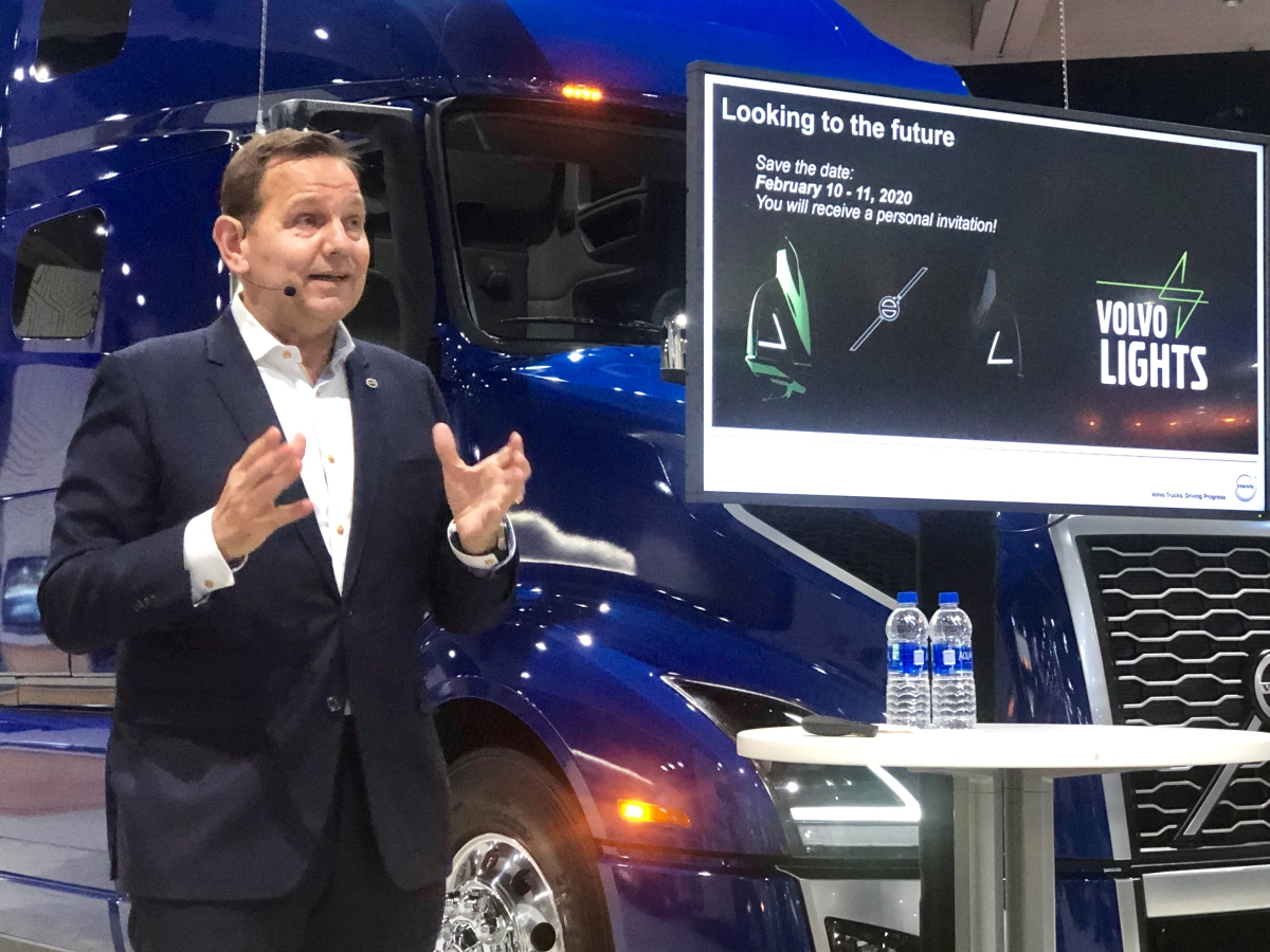 Volvo to Sell Electric Class 8 Truck in the U.S. by End of 2020