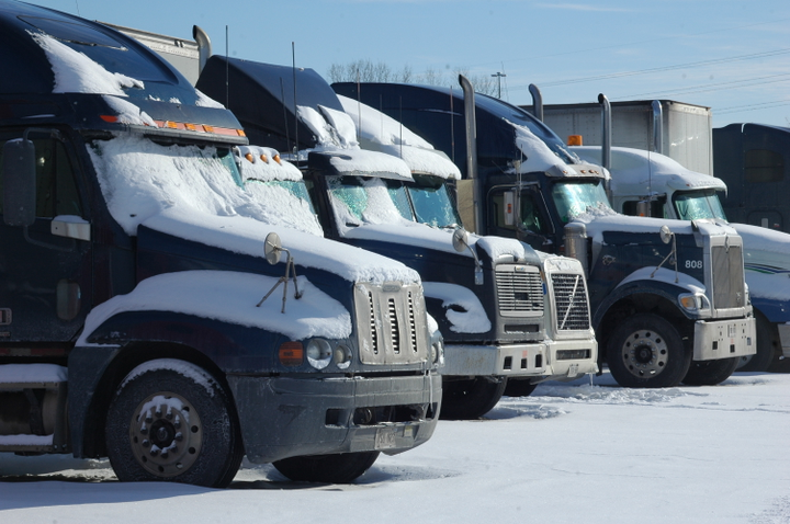 A new report, from the TMC/FleetNet America Vertical Benchmarking Program, found that roadside failures are more likely to hit fleets in harsh winter months.