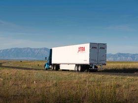 Uncertainty Driving Truck Fleets to Sideline Trailer Orders