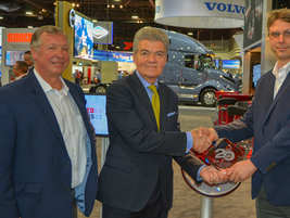 Perry Bahr; VP GM Hendrickson Trailer Suspension Systems, and Jeff Wittlinger, Business Unit...