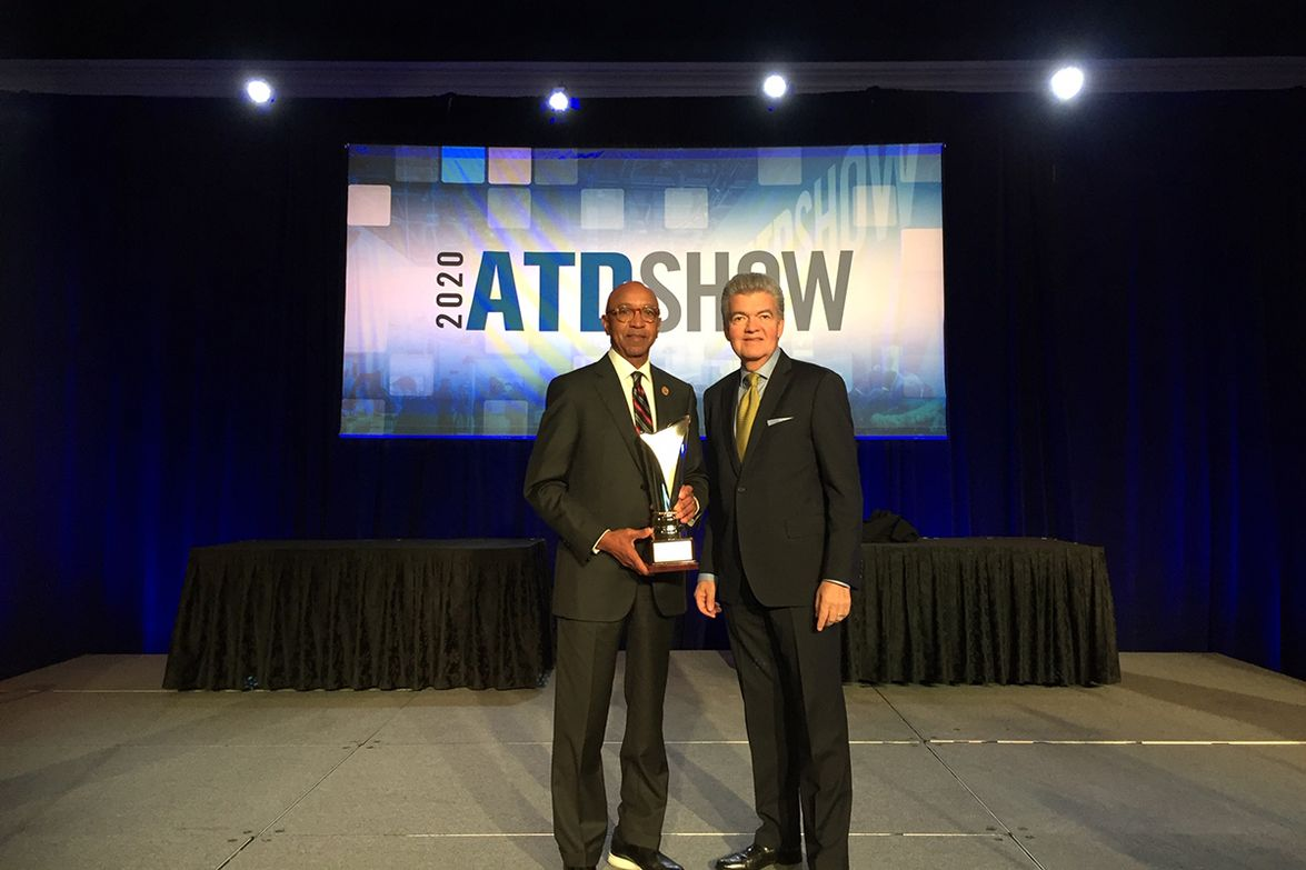 HDT Publisher David Moniz (right) was on hand to award Oscar Horton, president and CEO of Sun...