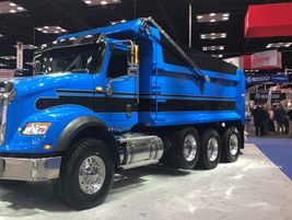 Navistar showed off this blue beauty of an International HV in its booth.