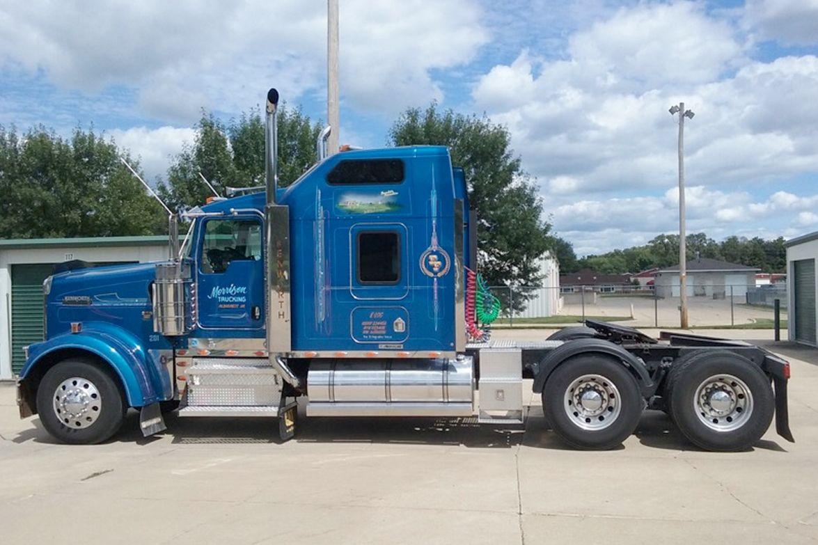 Company Truck, Bobtail, 1st Place, Steve Bradford's 2003 Kenworth W900L, Blue Bull
