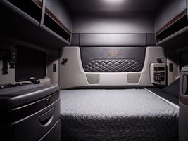 For heavy-haul applications, the sleeper features a new premium interior.