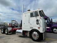Austin Jaeger of Worthington, Iowa won the cabover category for this 1980 Peterbilt 352.