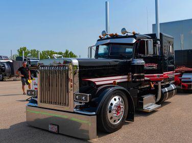 Driver Kiegan Nelson and truck owner Vinnie Diorio of Richfield, Wisconsin's 2020 Peterbilt 389...