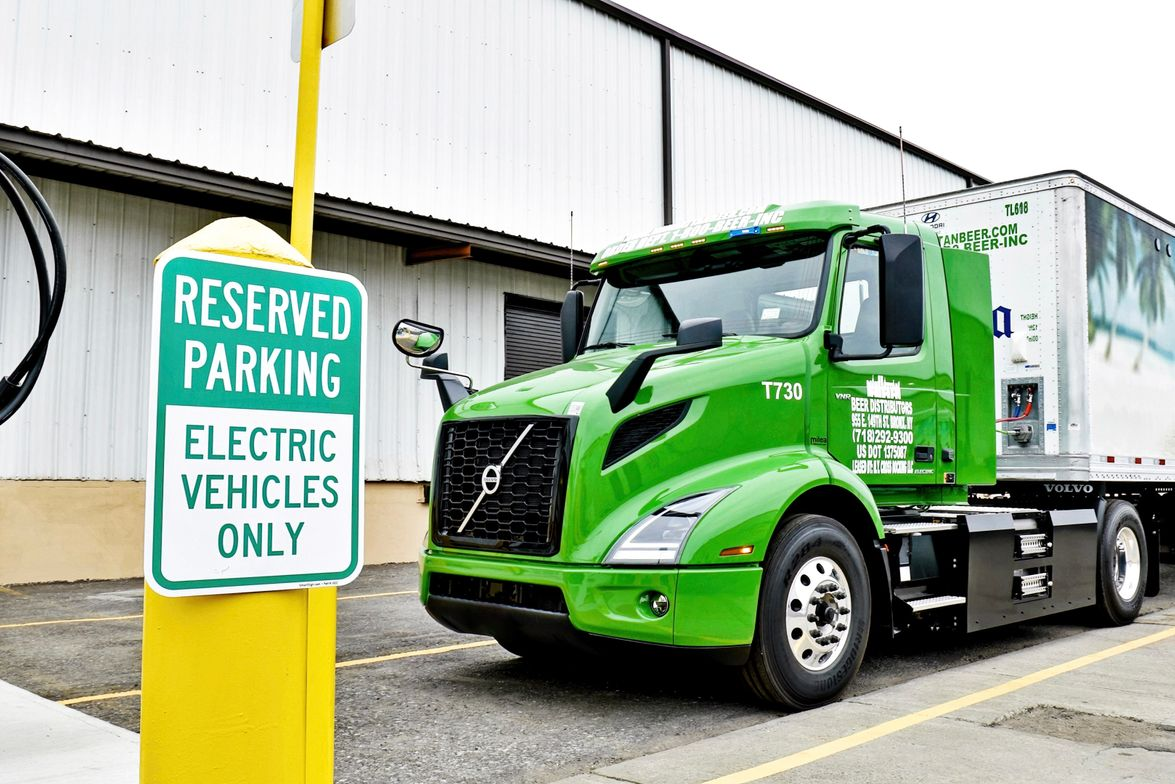Volvo Trucks North America delivered a Volvo VNR Electric to one of the largest beer and...