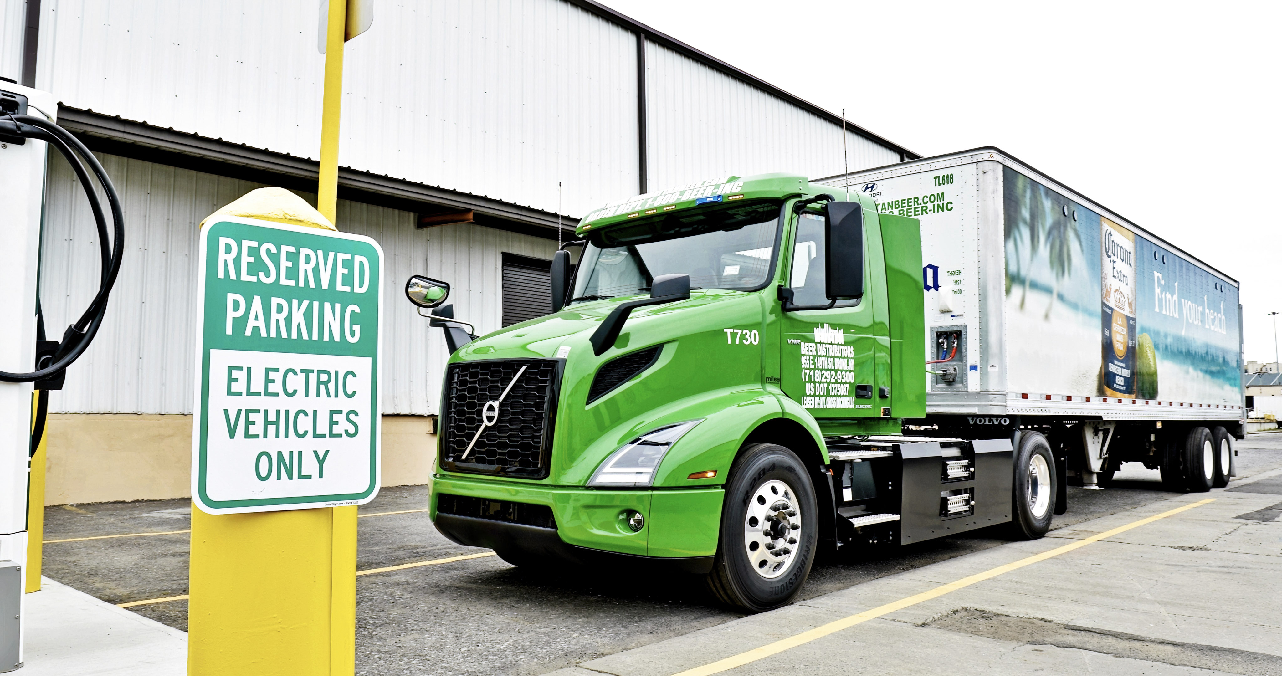 Volvo Delivers VNR Electric to Manhattan Beer Distributors [Photos]