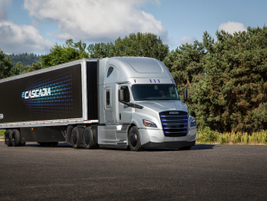 The eCascadia has 730 peak horsepower and a range of up to 250 miles.