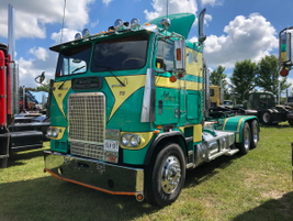 1978 Freightliner FLT in Chiovitti Banana Company colors, Walter Mair, Chesley, Ontario.