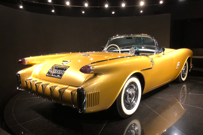 Perhaps the star of the Gateway Car Muesum is this one-of-a-kind 1954 Oldsmobile F-88 concept...