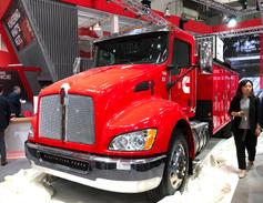 Cummins introduced its new PowerDrive plug-in hybrid truck at IAA 2018.