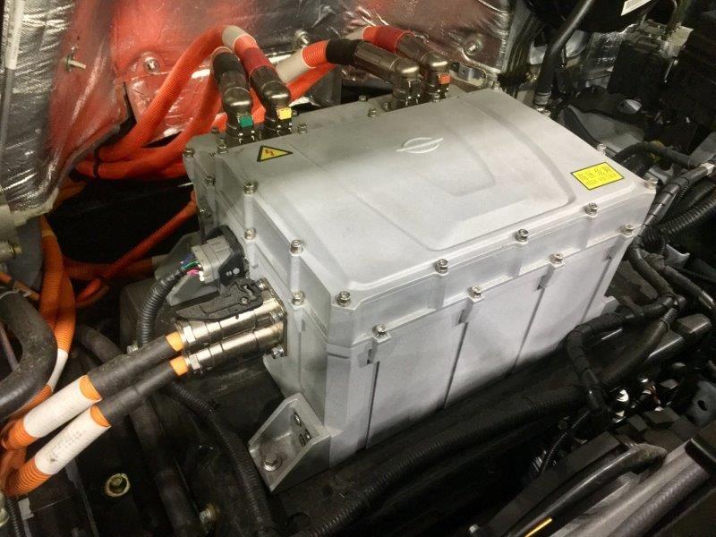 Electric motor under the hood of the Chanje van.