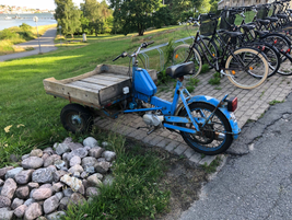 Last mile delivery is nothing new, if this antique delivery bike I stumbled across in Sweden is...