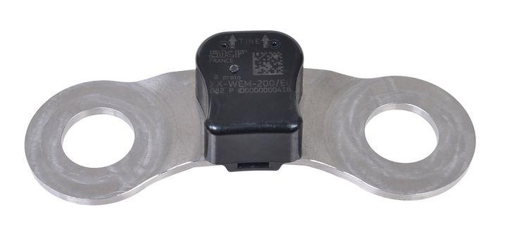 SKFTraX WEM monitors wheel end vibration and temperature.  - SKF