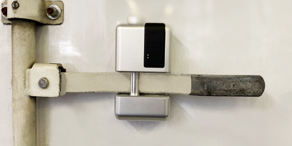 The SmartLock Door is a stand-alone device that replaces the standard seal.