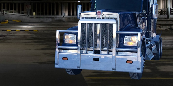 Magnum'sTexas Titan Four Post Moose Bumper was designed for maximum impact protection on the...