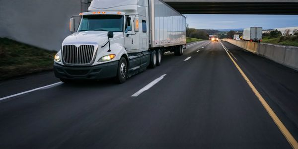 How to Use Telematics to Maximize Your Truck Lifecycle Management
