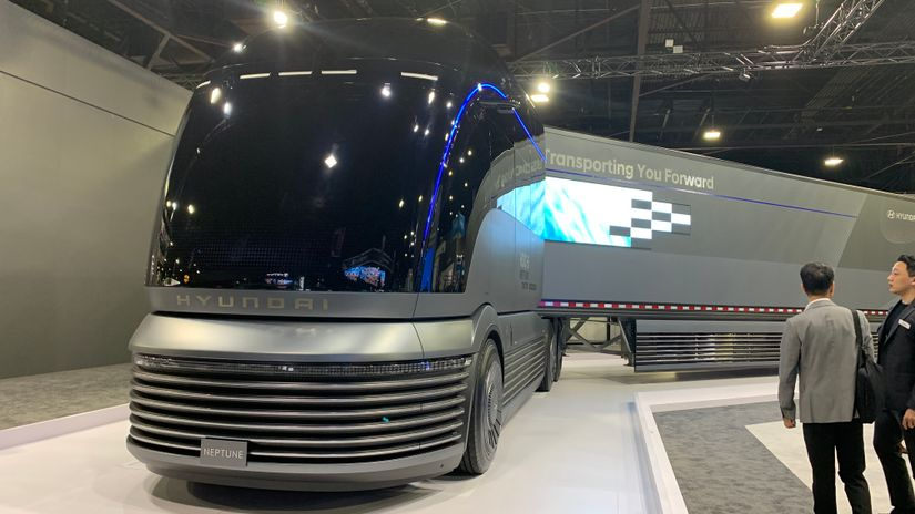 Hyundai showcased a fuel-cell concept truck at the NACV show in 2019.