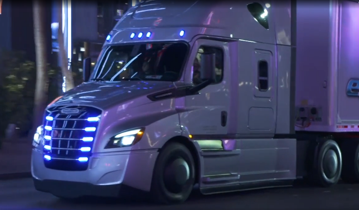 Daimler Chief Talks Latest Truck Automation at CES [Video]
