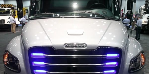 On the Spot: Freightliner eM2 Electric Truck Walk-Around [Video]
