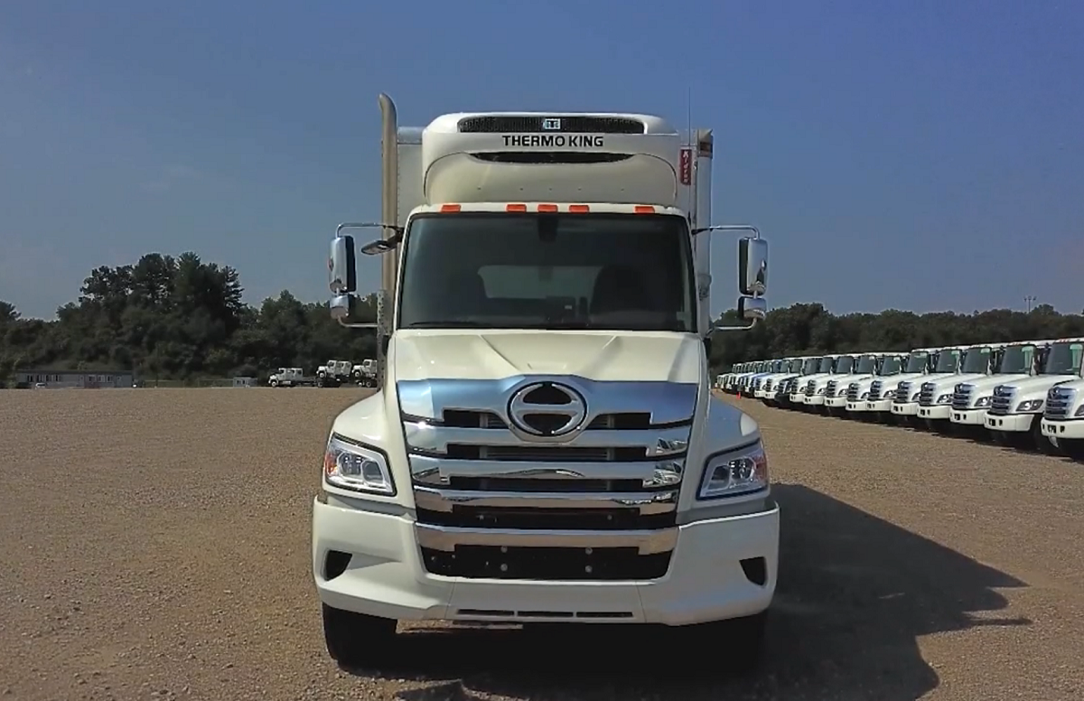 Focus On... A Walkaround of Hino's XL8 Class 8 Truck [Video]