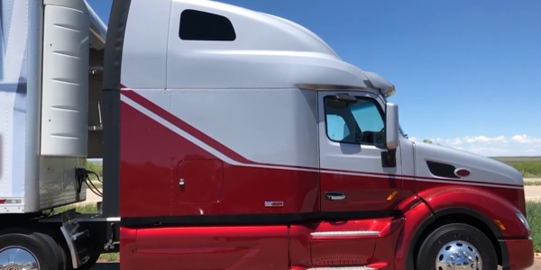 Focus On... Peterbilt 579 Epiq UltraLoft [Video]
