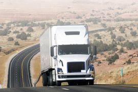 Trailer Maintenance: How to Add Visibility to Be Road Ready