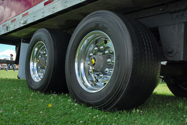 Big Truck Tires >> Wide Base Tires Gaining Popularity Are You Ready To Make